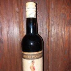 Coleccionismo de vinos y licores: BOTELLA FINO EL PIREO MONTILLA & MORILES. Lote 110086631