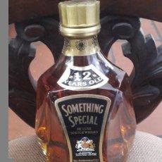 Coleccionismo de vinos y licores - Botella something special whisky - 110279327