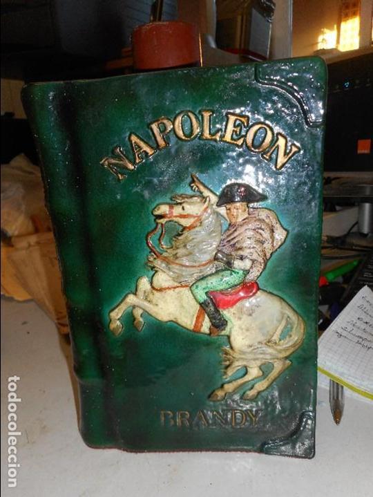 BOTELLA BRANDY NAPOLEON (Coleccionismo - Botellas y Bebidas - Vinos, Licores y Aguardientes)