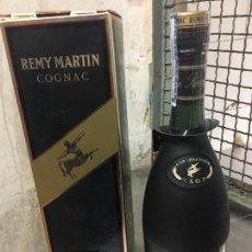 Coleccionismo de vinos y licores - BOTELLA ANTIGUA DE COGNAC REMY MARTIN VSOP FINE CHAMPAGNE - 114305099
