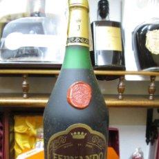 Coleccionismo de vinos y licores: ANTIGUA BOTELLA BRANDY COÑAC, FERNANDO DE CASTILLA, SOLERA GRAN RESERVA. Lote 113346091