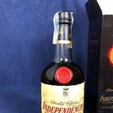 Coleccionismo de vinos y licores: BOTELLA BRANDY DE JEREZ INDEPENDENCIA SOLERA GRAN RESERVA OSBORNE CAJA NUEVA 25X9,5CMS. Lote 114975635