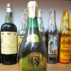 Coleccionismo de vinos y licores: ANTIGUA BOTELLA BRANDY COÑAC, NAPOLEÒN. Lote 115306759