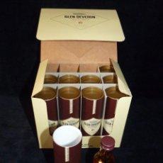 Coleccionismo de vinos y licores: CAJA CON 10 BOTELLINES DE WHISKY GLEN DEVERON 10 AÑOS. 5 CL.. ESTUCHADOS. PERFECTOS. MINIATURAS. Lote 115567875