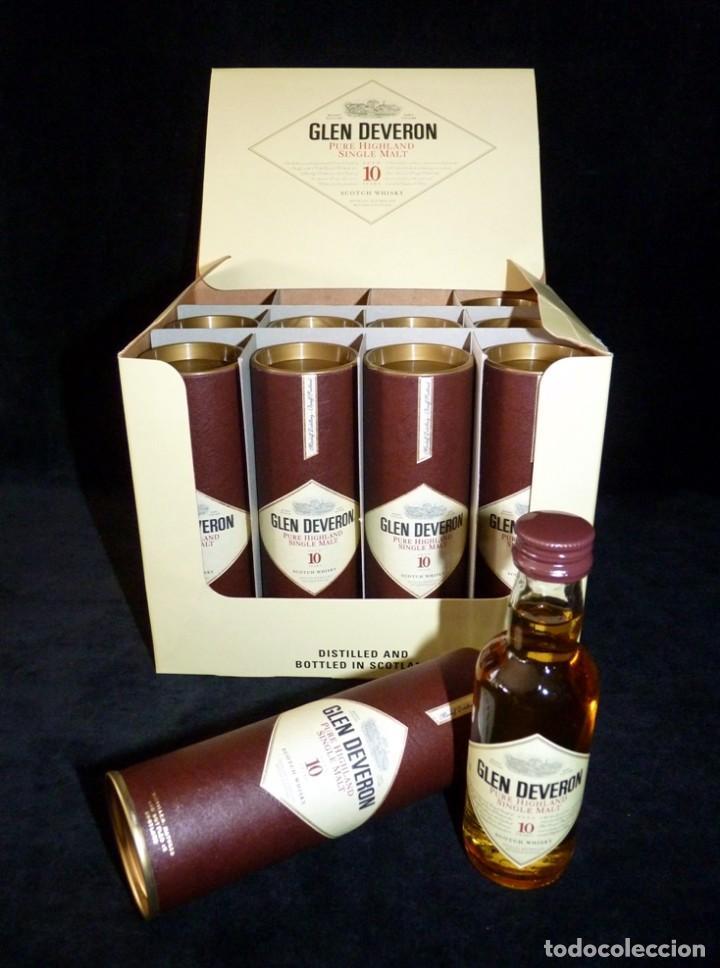 Coleccionismo de vinos y licores: CAJA CON 10 BOTELLINES DE WHISKY GLEN DEVERON 10 AÑOS. 5 cl.. ESTUCHADOS. PERFECTOS. MINIATURAS - Foto 2 - 115567875