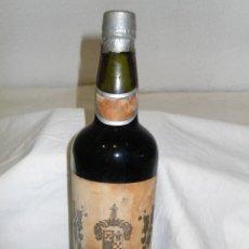 Coleccionismo de vinos y licores: ANTIGUA BOTELLA VINO MARQUÉS DE VALDECAÑAS. Lote 218016808