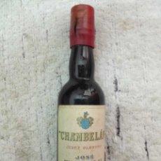 Coleccionismo de vinos y licores: BOTELLIN CHAMBELAN. JEREZ OLOROSO. BODEGAS JOSE BUSTAMANTE. JEREZ RF-5403. Lote 118886719