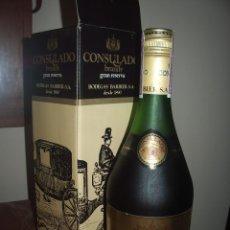 Coleccionismo de vinos y licores: CONSULADO, BRANDY (SELLO 4 PTAS.). Lote 121160667