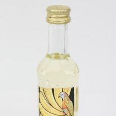 Coleccionismo de vinos y licores: BOTELLÍN / BOTELLA MINIATURA - LICOR BANANE, BARDINET / LICOR BANANA - SELLO 1 PTA. Lote 121352384