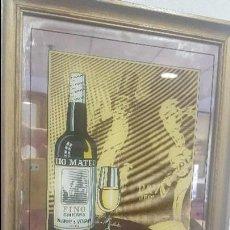 Coleccionismo de vinos y licores: PUBLICIDAD EN ESPEJO FINO TÍO MATEO PALOMINO Y VERGARA JEREZ AÑOS 70. Lote 122020219