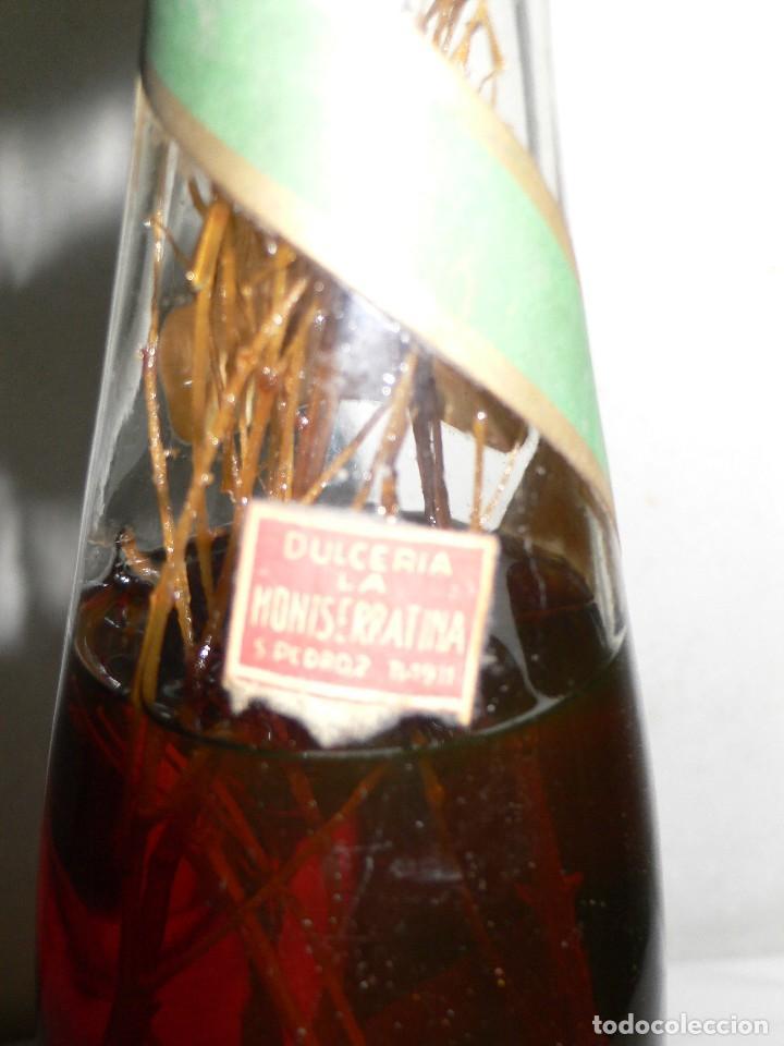 Coleccionismo de vinos y licores: ANTIGUA BOTELLA DE BRANDY (COÑAC) ESCARCHADO E.J.ESCAT - Foto 9 - 122120735