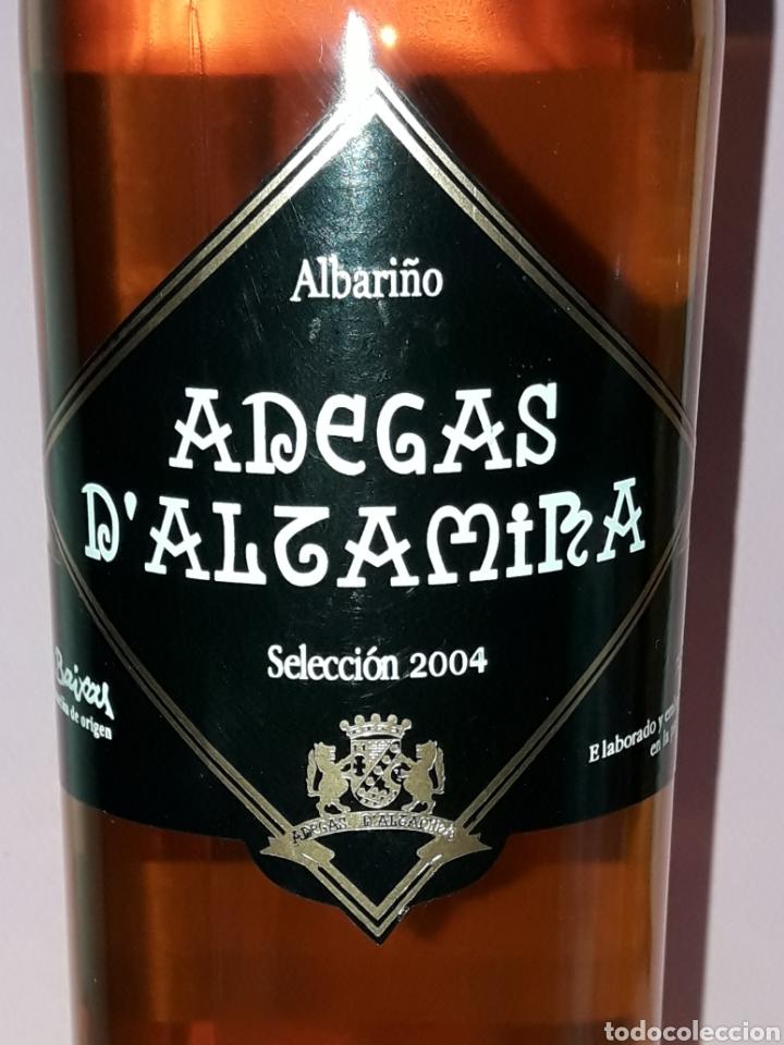 Coleccionismo de vinos y licores: BOTELLA DE VINO ADEGAS D ALTAMIRA RIAS BAIXAS SELECION 2004 - Foto 2 - 122715394