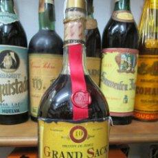 Coleccionismo de vinos y licores: ANTIGUA BOTELLA BRANDY COÑAC, GRAND SACK SOLERA RESERVA 10 SOLERAS. Lote 122975495