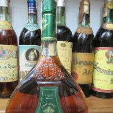 Coleccionismo de vinos y licores: ANTIGUA BOTELLA BRANDY COÑAC, ARMAGNAC MARQUES DE MONTISQUIU NAPOLEÒN. Lote 124284543