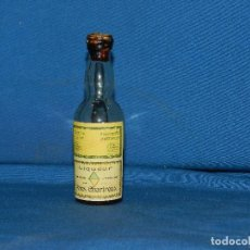 Coleccionismo de vinos y licores: (BF) BOTELLA CHARTREUSE , TARRAGONA , CORCHO , BOTELLA PEQUEÑA 11 CM, SEÑALES DE USO. Lote 124605515
