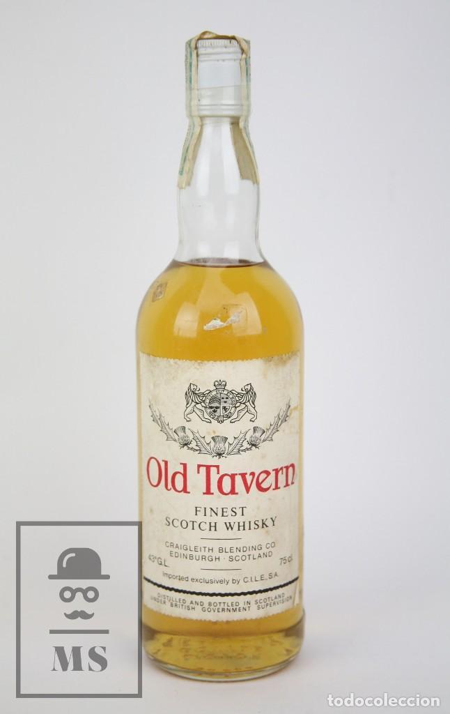 BOTELLA DE WHISKY PRECINTADA - OLD TAVERN, 43º, 75 CL. BLENDED SCOTCH WHISKY - AÑO 1968 - #JSW (Coleccionismo - Botellas y Bebidas - Vinos, Licores y Aguardientes)