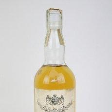 Coleccionismo de vinos y licores: BOTELLA DE WHISKY PRECINTADA - OLD TAVERN, 43º, 75 CL. BLENDED SCOTCH WHISKY - AÑO 1968 - #JSW. Lote 124711679