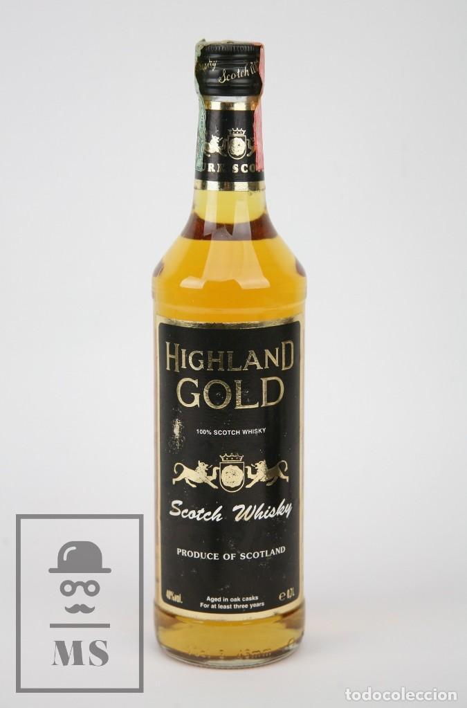 BOTELLA DE WHISKY PRECINTADA - HIGHLAND GOLD, 40º, 70 CL - BLENDED SCOTCH WHISKY - AÑO 1978 - #JSW (Coleccionismo - Botellas y Bebidas - Vinos, Licores y Aguardientes)