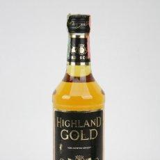 Coleccionismo de vinos y licores: BOTELLA DE WHISKY PRECINTADA - HIGHLAND GOLD, 40º, 70 CL - BLENDED SCOTCH WHISKY - AÑO 1978 - #JSW. Lote 124726555