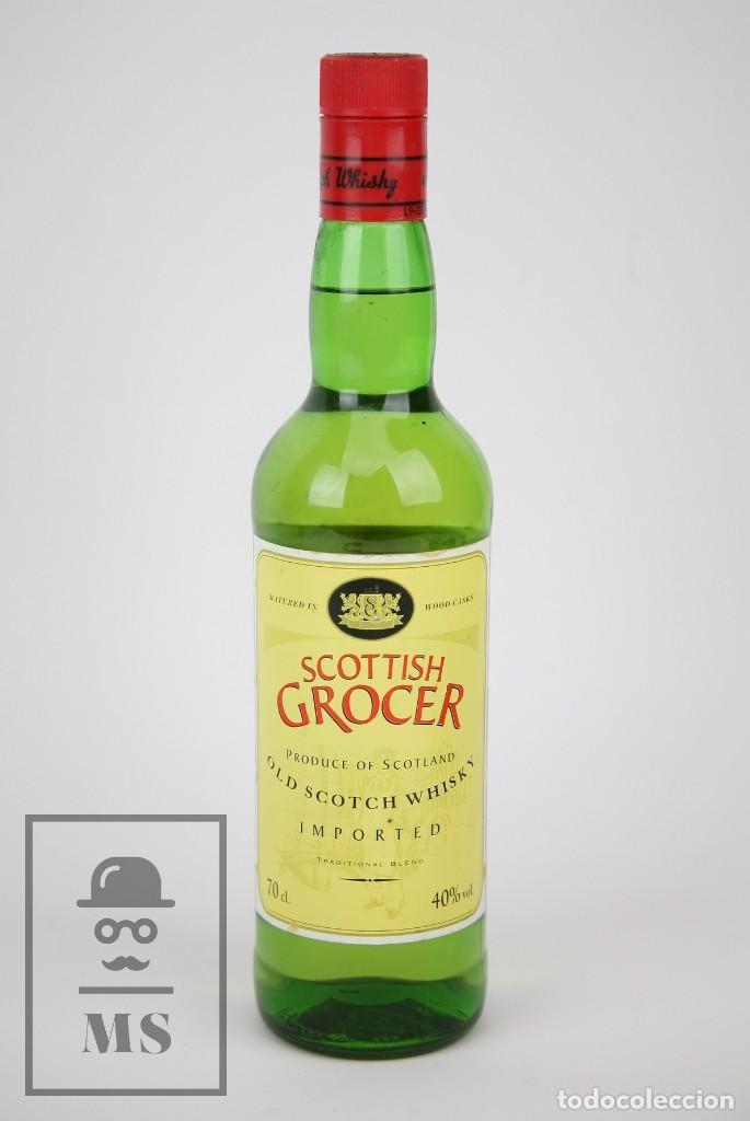 BOTELLA DE WHISKY PRECINTADA - SCOTTISH GROCER, 40º, 70 CL - BLENDED SCOTCH WHISKY - AÑO 1998 - #JSW (Coleccionismo - Botellas y Bebidas - Vinos, Licores y Aguardientes)