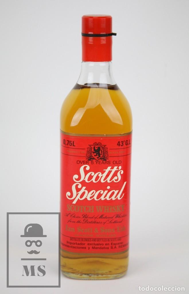 BOTELLA DE WHISKY PRECINTADA - SCOTT'S SPECIAL, 43º, 75 CL - BLENDED SCOTCH WHISKY - AÑO 1976 - #JSW (Coleccionismo - Botellas y Bebidas - Vinos, Licores y Aguardientes)