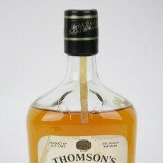 Coleccionismo de vinos y licores: BOTELLA DE WHISKY PRECINTADA - THOMSON'S JGT, 8 AÑOS - BLENDED SCOTCH WHISKY - AÑO 1976 - #JSW. Lote 125032395