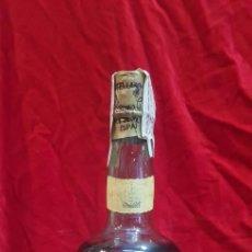 Coleccionismo de vinos y licores: BOTELLA BRANDY CARABELA SANTA MARÍA OSBORNE PRECINTADA. Lote 125437598