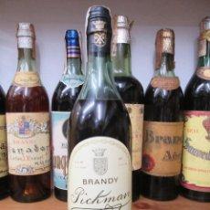 Coleccionismo de vinos y licores: ANTIGUA BOTELLA BRANDY COÑAC, PICKMAN SOLERA FUNDADA EN 1730 DE IMPUESTO DE 8 PTS. DECADA 80-90. Lote 125823123