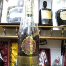 Coleccionismo de vinos y licores: ANTIGUA BOTELLA BRANDY COÑAC, INSUPERABLE SOLERA RESERVA. Lote 126363339