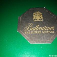 Coleccionismo de vinos y licores: ANTIGUO POSAVASOS BALLANTINES. Lote 128355683