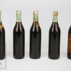 Coleccionismo de vinos y licores: 5 ANTIGUAS BOTELLAS LLENAS - BRANDY TERRY CENTENARIO, 75 CL - PUERTO DE STA. MARÍA, CÁDIZ. Lote 128544523