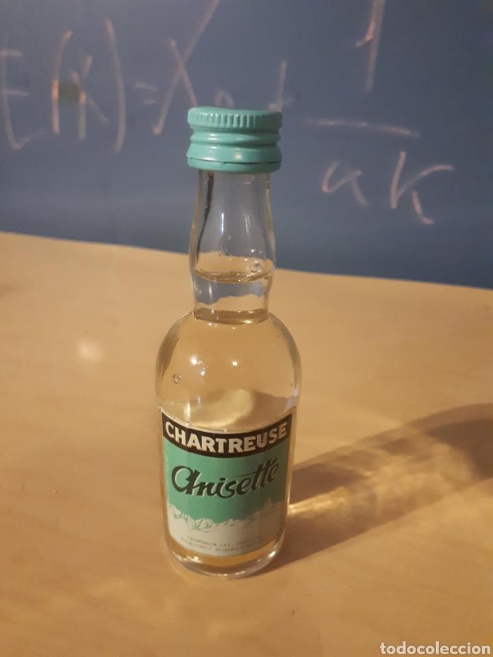 BOTELLA BOTELLÍN ANISETTE CHARTREUSE (Coleccionismo - Botellas y Bebidas - Vinos, Licores y Aguardientes)