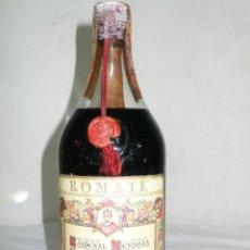 Coleccionismo de vinos y licores: ANTIGUA BOTELLA BRANDY CARDENAL MENDOZA.ROMATE.JEREZ. Lote 131631346