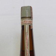 Coleccionismo de vinos y licores: BOTELLA DE CALISAY PRECINTADA. DESTILERIAS MOLLFULLEDA, ARENYS DE MAR.. Lote 133249454
