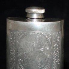 Coleccionismo de vinos y licores: BONITA PETACA SHEFFIELD ENGLAND (PAREJA GALANTE).. Lote 133796374