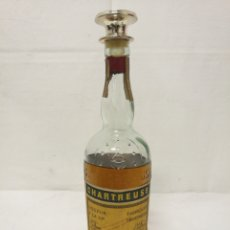 Coleccionismo de vinos y licores: BOTELLA CHARTREUSE TARRAGONA 1969. ESTÁ ABIERTA!! TENÍA TAPÓN DE CORCHO.. Lote 135668534