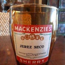 Coleccionismo de vinos y licores: VASO JARRA PUBLICIDAD MACKENZIE'S. JEREZ SECO. SHERRY. CRISTAL. BAR PUB.. Lote 136103858