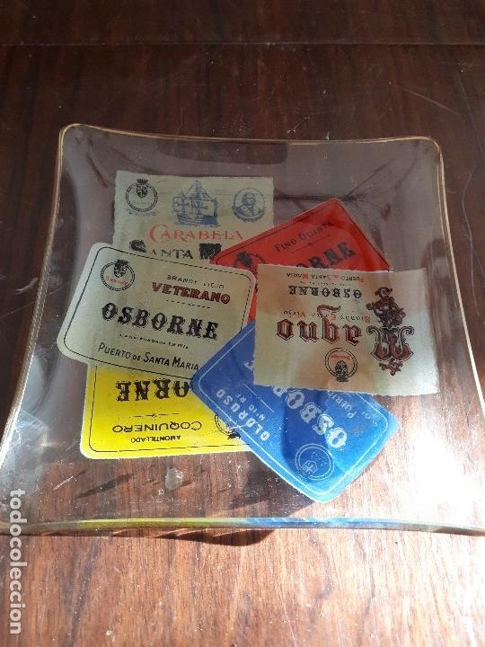 Coleccionismo de vinos y licores: Cenicero Bandeja Osborne Magno. Cristal. Años 60-70s. - Foto 2 - 130824344