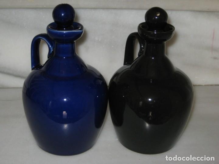 Coleccionismo de vinos y licores: Lote de 2 botellas cerámica Whisky Q & P Land - Foto 9 - 141486656