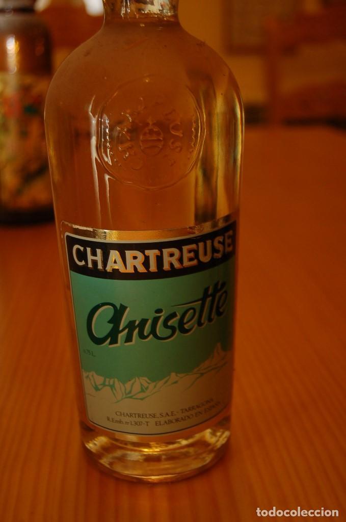 VIEJA BOTELLA CHARTREUSE ANISETTE (Coleccionismo - Botellas y Bebidas - Vinos, Licores y Aguardientes)