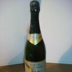 Coleccionismo de vinos y licores: BOTELLA DE LICOR SCHLOSS WACHENHEIM GRUN CABINET (BOTELLA DE COLECCION ) . Lote 140544826