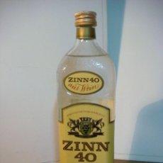 Coleccionismo de vinos y licores: BOTELLA DE LICOR ZINN-40 (BOTELLA DE COLECCION ) . Lote 140545438