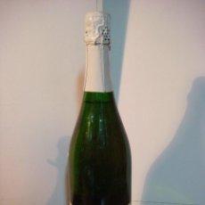 Coleccionismo de vinos y licores: BOTELLA DE LICOR RIESLING EXTRA BRUD (BOTELLA DE COLECCION ) . Lote 140546326
