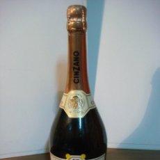 Coleccionismo de vinos y licores: BOTELLA DE LICOR ASTI XCINZANO Nº-774475 (BOTELLA DE COLECCION ) . Lote 140546626