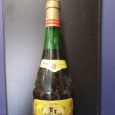 Coleccionismo de vinos y licores: CAMPOVIEJO RESERVA. COSECHA DE 1970. BODEGAS CAMPOVIEJO. LOGROÑO, LA RIOJA, ESPAÑA. A ESTRENAR.. Lote 140866466