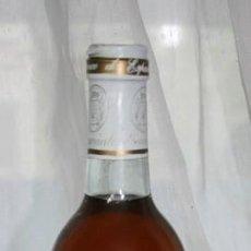 Coleccionismo de vinos y licores: 49, BOTELLA DE VINO RIOJA DIAMANTE VNO BLANCO DE ESPAÑA COSECHA SIN FECHA 1972 ? COSECHA ESCOGIDA. Lote 143456550