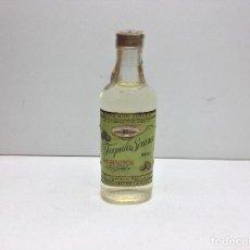 Coleccionismo de vinos y licores: ANTIGUA BOTELLA DE TEQUILA SAUZA BODEGA HORNITOS - 250 ML.. Lote 143587414