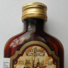 Coleccionismo de vinos y licores: BOTELLITA DE BÁLSAMO DE BIELORRUSIA. Lote 143598822