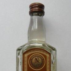 Coleccionismo de vinos y licores: BOTELLITA DE VODKA DE UCRANIA. Lote 143599434