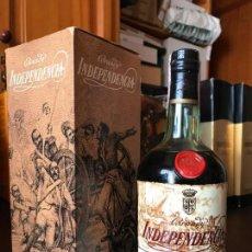 Coleccionismo de vinos y licores: BRANDY INDEPENDENCIA 4 PTS (CON ESTUCHE). Lote 143981098